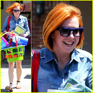 Alyson Hannigan Debuts New Bright Red & Short Hair!