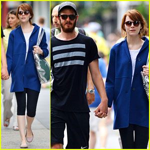Emma Stone & Andrew Garfield Hold Hands After Picking Up Healthy Juice