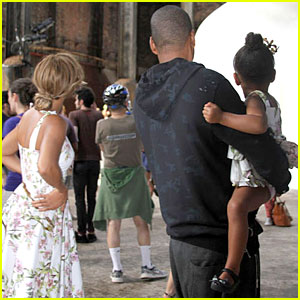 Beyonce & Jay Z Have Family Time Amid Cheating Rumors