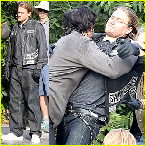 Charlie Hunnam Gets Into Physical Altercation For 'Sons of Anarchy'