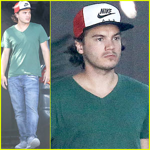 Emile Hirsch Spends His Day Hanging at Chateau Marmont with Female Companion