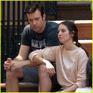 Jason Sudeikis & Alison Brie Look Tired After Filming Movie Scene for 'Sleeping with Other People'!