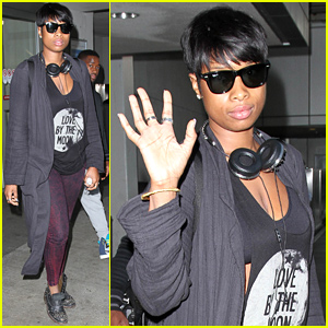 Jennifer Hudson Advises 'Don't Expect Respect When You Don't Respect Nothing!'