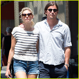 Josh Hartnett Keeps His Arms Around His Gal Tamsin Egerton