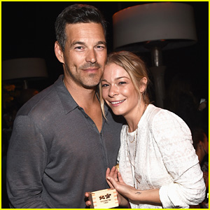 LeAnn Rimes & Eddie Cibrian Are the Happiest Couple at 'Ray Donovan' Season 2 Premiere!