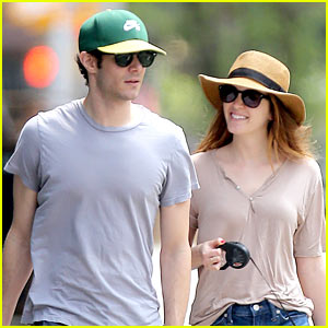 Leighton Meester & Adam Brody Are the Cutest Dog Walking Couple!