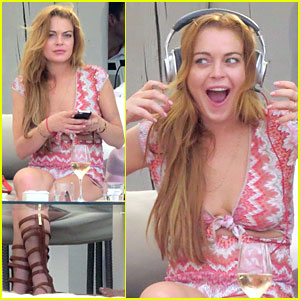 Lindsay Lohan's Ears Are Really Enthralled By the Music in Ibiza!