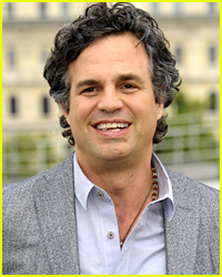 Mark Ruffalo's Lost Wallet Finds Its Way Back Via Cute Tweet Exchange