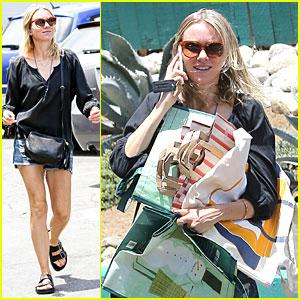 Naomi Watts Is In Talks to Star in Jake Gyllenhaal's 'Demolition'