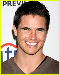 Robbie Amell Joins 'The Flash' as Popular DC Superhero!