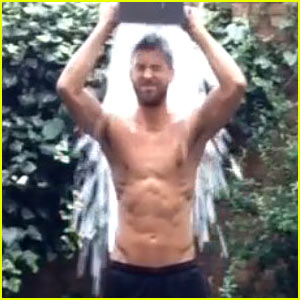 Calvin Harris Is Shirtless & Ripped for ALS Ice Bucket Challenge