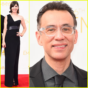 Fred Armisen & Carrie Brownstein Get Quirky at Emmys 2014!