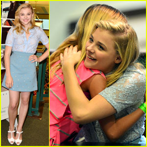 Chloe Moretz Signs 'If I Stay' Book for 600 Fans in Miami
