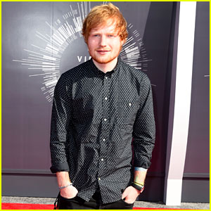 Ed Sheeran Looks Like a Gentleman at the MTV VMAs 2014!