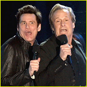 Jim Carrey & Jeff Daniels Bring Their Comedic Skills to MTV VMAs 2014