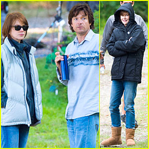 Nicole Kidman Bundles Up In Summer on 'Family Fang' Set