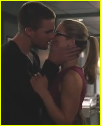 Oliver & Felicity Kiss in 'Arrow' Season 3 Trailer - Watch Now!