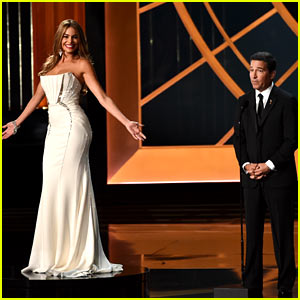 Sofia Vergara Blasts Critics of Her Emmys 2014 Turntable Skit