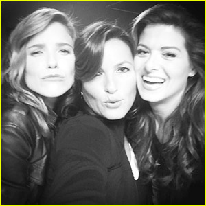 Sophia Bush Posts The Fiercest Female Friday Shot with Debra Messing & Mariska Hargitay