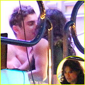 Shirtless Zac Efron & Michelle Rodriguez Can't Keep Their Hands Off Each Other in Ibiza!