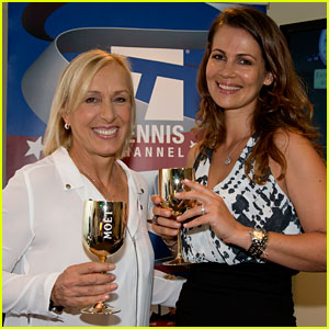 Martina Navratilova Proposes to Girlfriend Julia Lemigova at US Open - Photos!