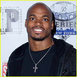 NFL Player Adrian Peterson Indicted For Child Abuse