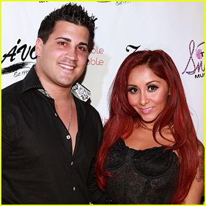 Snooki Welcomes Daughter Giovanna with Fiance Jionni LaValle!