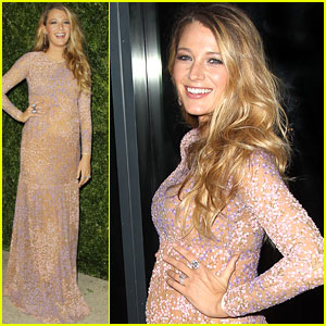 Blake Lively Shows Off Her Baby Bump on the Red Carpet!