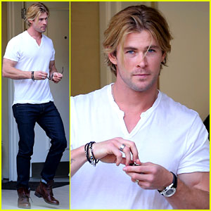 Chris Hemsworth Lets His Muscles Bulge Out of His White Tee