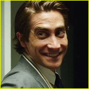 Jake Gyllenhaal Isn't Messing Around in the New Red Band Trailer for 'Nightcrawler'