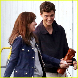 Jamie Dornan & Dakota Johnson Reunite as Christian & Anastasia to Film 'Fifty Shades of Grey' Reshoots!