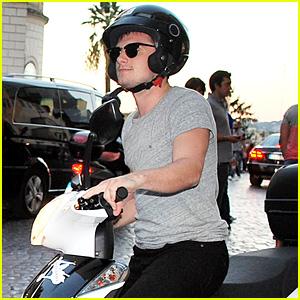 Josh Hutcherson Rides His Motorbike to Take In the Sights of Rome!
