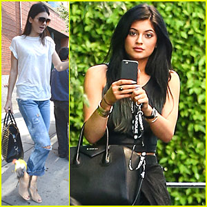 Kendall Jenner Still Looks Modelesque in Casual Clothes