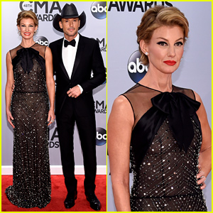 Faith Hill & Tim McGraw Take the Red Carpet at the CMA Awards 2014