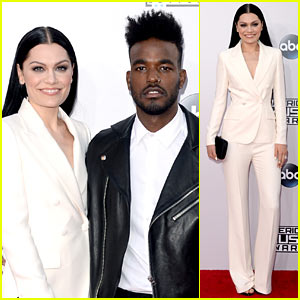 Jessie J Brings Boyfriend Luke James to AMAs 2014!