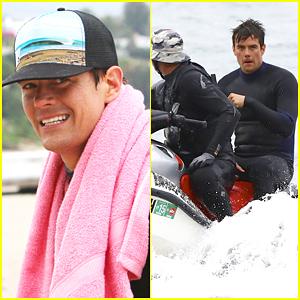 Josh Duhamel Gets Wet & Wild Filming in Malibu
