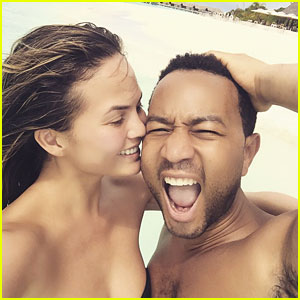 John Legend Spends Christmas Shirtless in the Maldives with Chrissy Teigen