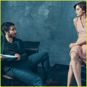 Jake Gyllenhaal Reflects on Past Relationships in 'Vogue' Feature