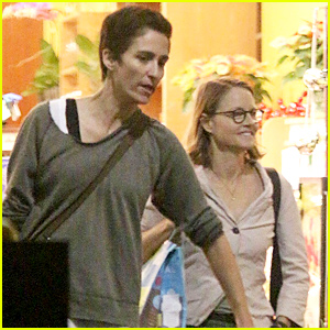 Jodie Foster Can't Stop Smiling While Out with Wife Alexandra Hedison