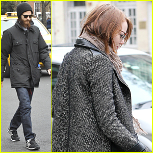 Andrew Garfield's Girlfriend Emma Stone Likes to Stay at Home & Watch Movies