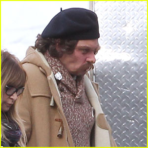 Johnny Depp is Completely Unrecognizable on the Set of 'Yoga Hosers'