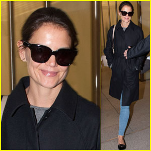 Katie Holmes Keeps Cool Arriving in Berlin For Fashion Week