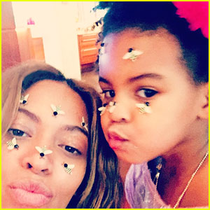 Beyonce & Blue Ivy Spend Valentine's Day Taking Silly Selfies