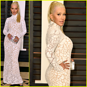 Christina Aguilera Shows Off Her Amazing Figure at Vanity Fair's Oscars 2015 Party