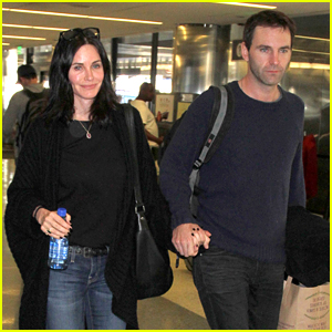 Courteney Cox & Fiance Johnny McDaid Show Off Airport PDA!