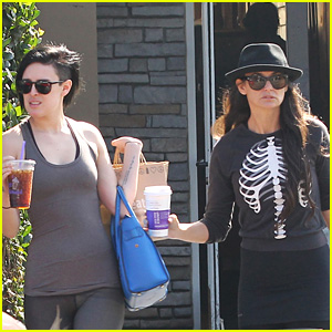 Demi Moore & Rumer Willis Enjoy Mother-Daughter Lunch Date