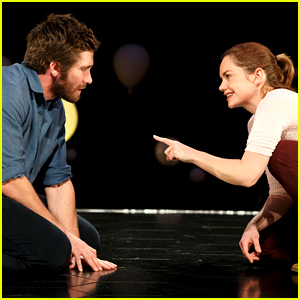 Jake Gyllenhaal & Ruth Wilson Add 'Constellations' Performances for Young Audiences!
