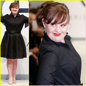 Jamie Brewer Makes Fashion Week History By Being the First ...