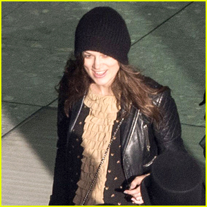Keira Knightley Lands in London Following Oscars Weekend