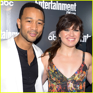 Kelly Clarkson Drops 'Run Run Run' Duet with John Legend!